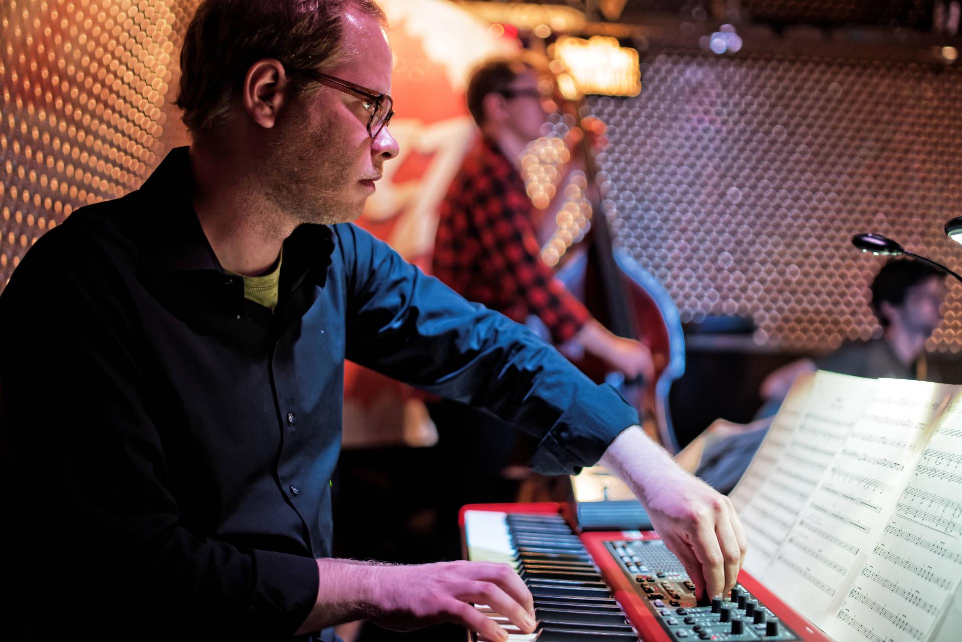 Sebastian Scobel - Lehrer für Klavier und Keyboards
